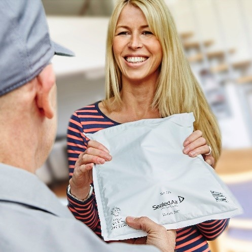 """></p>If you're shipping direct to the end consumer, you should consider """"letterboxable"""" packaging. If your parcel will fit through a customer's letterbox, consequently there's less impact on the environment. First time delivery means fewer emissions as there's no repeat delivery attempts or customer collecting goods from courier depots.</p><p>If your packaging is effective and fit for purpose too, you'll be able to reduce damages and returns. Fewer returns means less transport being used, which will directly impact your CO2 emissions.</p><p><b>2. Review your pallet planning &amp; transport</b></p><p>You'd be amazed at the massive impact your pallet planning can have on your carbon footprint.</p><p>You can slash your emissions through effective pallet loading, as it will reduce the amount of transport you need to use.&nbsp;<p><img src="""